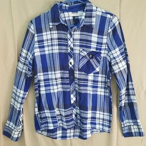 Blue and white flannel plaid button down shirt